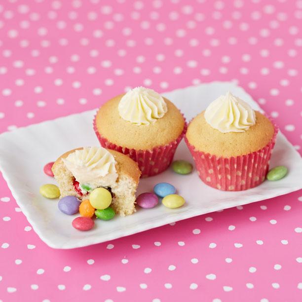 Magic Belles – Bake: Sweetie Surprise Cupcakes